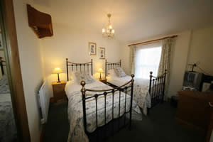 We have a twin en suite room. Click for further information.